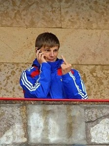 Out of context, maybe, but this image sums up the relationship Russia's established stars such as Andrey Arshavin have with fans